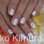 【今月のネイル】2011年11月② 白いキラキラ☆クリスマス気分ネイル。